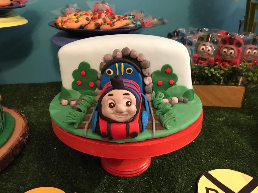 Thomas the Train fondant cake